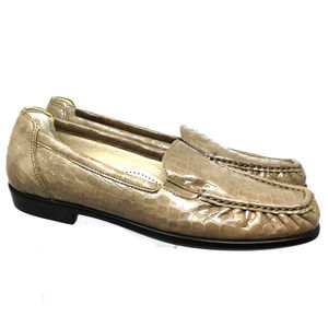 SAS Women's Square Toe Slip on Loafers Size US 8N